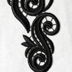 Lara lace Stickereimotiv